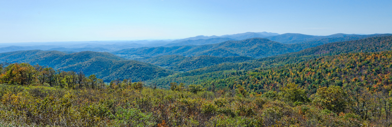 A view of the Blue Ridge Mountains as seen from Skyland drive.  Courtesy of Jeff Bank (DOJ/ENRD/EO)