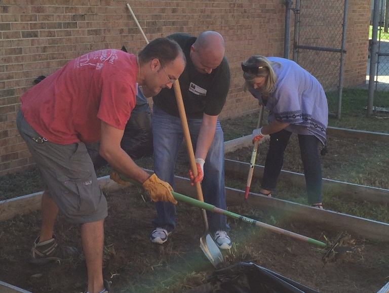 USAO staff create outdoor spaces at Hidden Valley Elementary