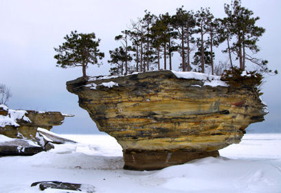 Picture of Turnip Rock In the Winter