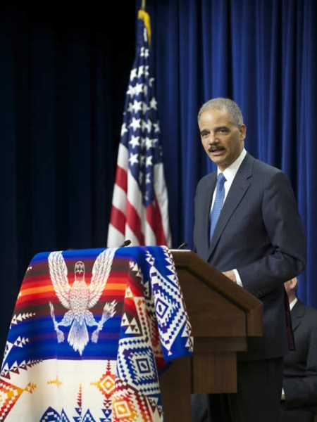 Attorney General Eric Holder thanks the tribal leaders and professionals from the DOJ, DOI, and DOT for their