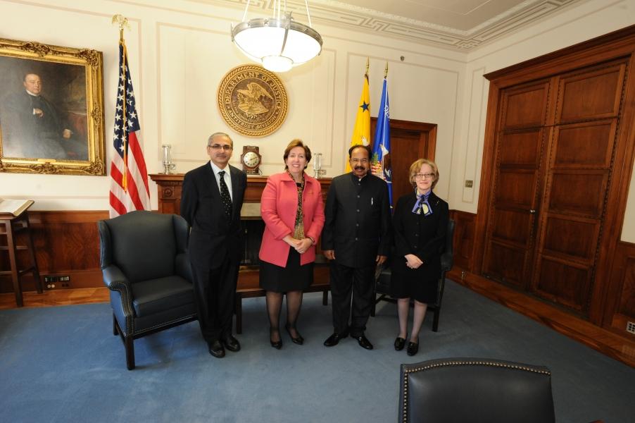 Vinay Kwatra, Sharis Pozen, Veerappa Moily, and Rachel Brandenburger meet in Washington, D.C.