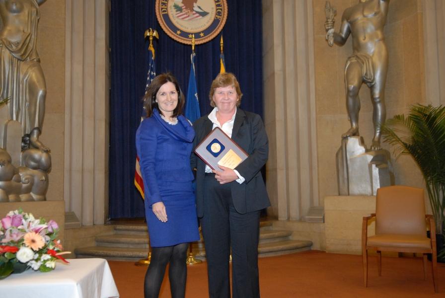 2009 AAG Individual Award recipient Tracy Greer.