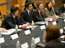 MOFCOM Vice Minister Gao Hucheng and SAIC Vice Minister Teng Jiacai at the joint dialogue in Washington, D.C.