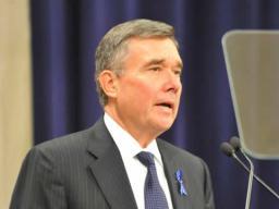 Office of National Drug Control Policy (ONDCP) Director Gil Kerlikowske delivers closing remarks at the Drug Endangered Children Task Force event.