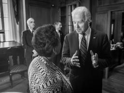 Vice President Biden and Attorney General Lynch speaking before the swearing in.