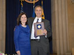 2009 AAG Individual Award recipient Marc Siegel.