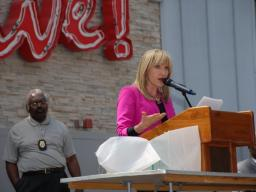 Loren Halifax, morning anchor for FOX4 TV, served as emcee for the annual event.