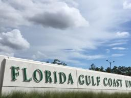 FGCU Welcome Sign