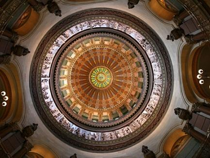 Illinois State Capitol Dome - Credit to Daniel Schwen