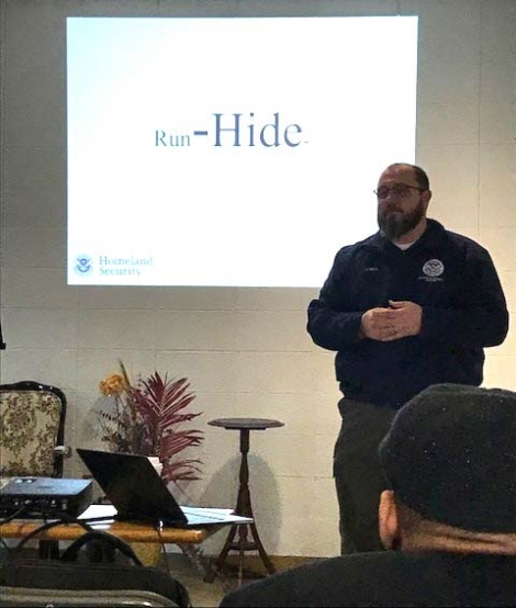 On Saturday, Feb. 3, 2018, Erik Ulmen, Protective Security Advisor for Department of Homeland Security, trained participants from four congregations in Providence on how to respond in the event of an active shooter. The workshop was coordinated by the US Attorney's Office and interpreted in Spanish.