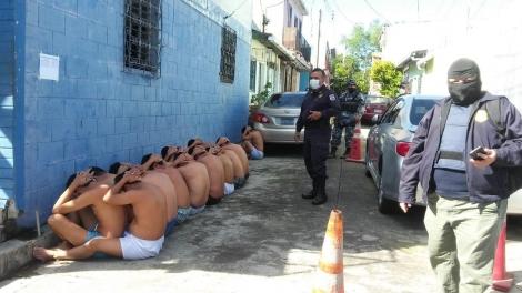 Salvadoran Police arrest multiple gang members in Operation Regional Shield.