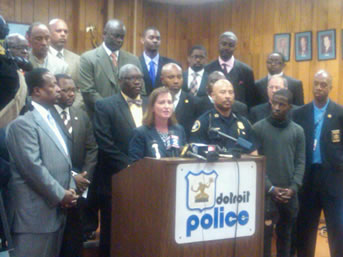 Faith leaders and aw enforcement officials join forces to fight violent crime in Detroit.