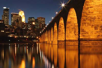 Picture of the Stone Arch Bridge, Minneapolis, MN