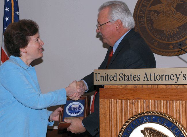 Assistant U.S. Attorney Jane Pansing Brown recieves HIDTA award