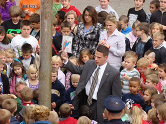 United States Attorney William J. Ihlenfeld II, visited Warwood Elementary School and participated in Red Ribbon Week activities.