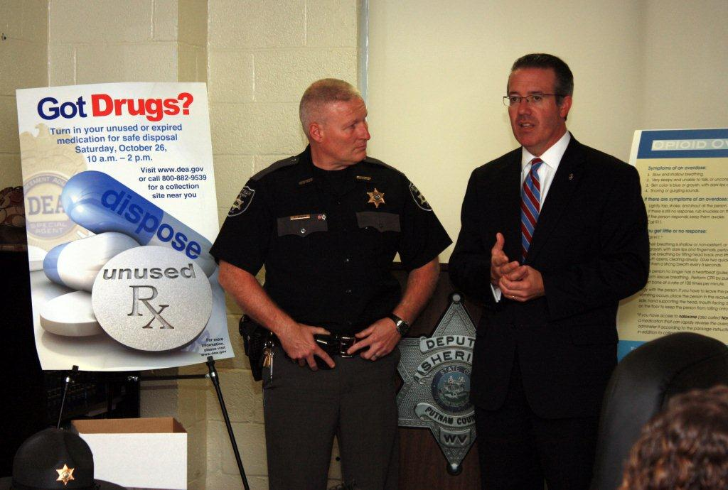 U.S. Atty Goodwin and Putnam Co. Sheriff Steve Deweese