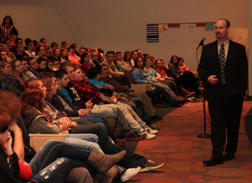 Metro Drug Unit Commander Lt. Chad Napier speaks to students at Lincoln County High School in Hamlin, Lincoln County, W.Va.